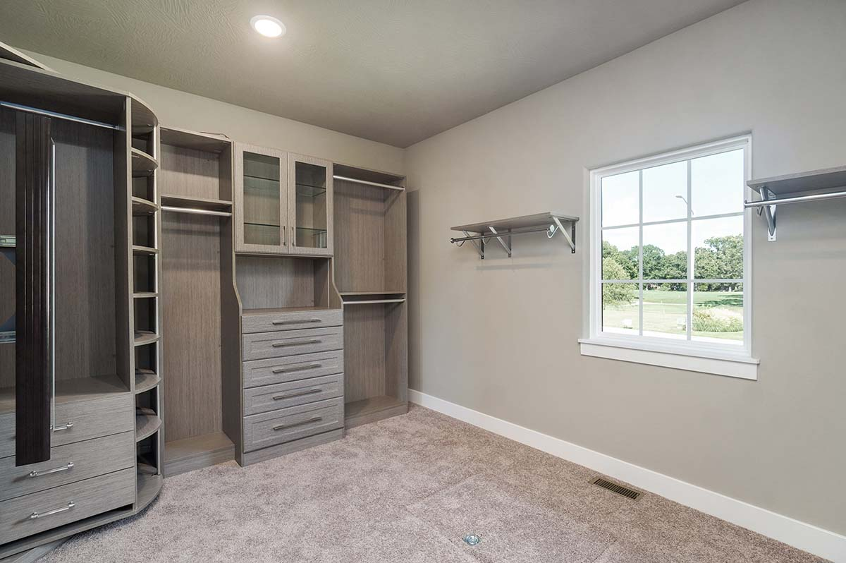 """Closets by National Home Products <a href=""""https://nhp-spfd.com"""" target=""""_blank"""" rel=""""noopener noreferrer"""">   <img border=""""0"""" align=""""center""""  src=""""https://springfieldhba.com/wp-content/uploads/2020/09/National-Home-logo-250-wht.png""""/ width=""""140""""> </a>"""